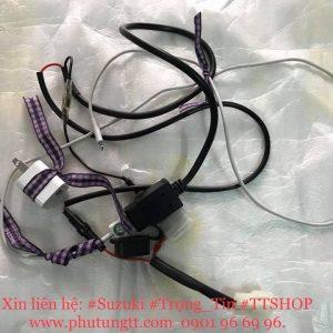 Bộ sạc điện thoại di động chính hãng Suzuki Satria Fi Indonesia gắn cho Raider Fi Việt Nam