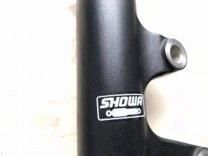 Phuộc trước Showa Suzuki Satria Fi - Raider Fi Việt Nam - Raider xăng cơ